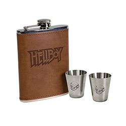 DHC3004539-HELLBOY DELUXE FLASK SET